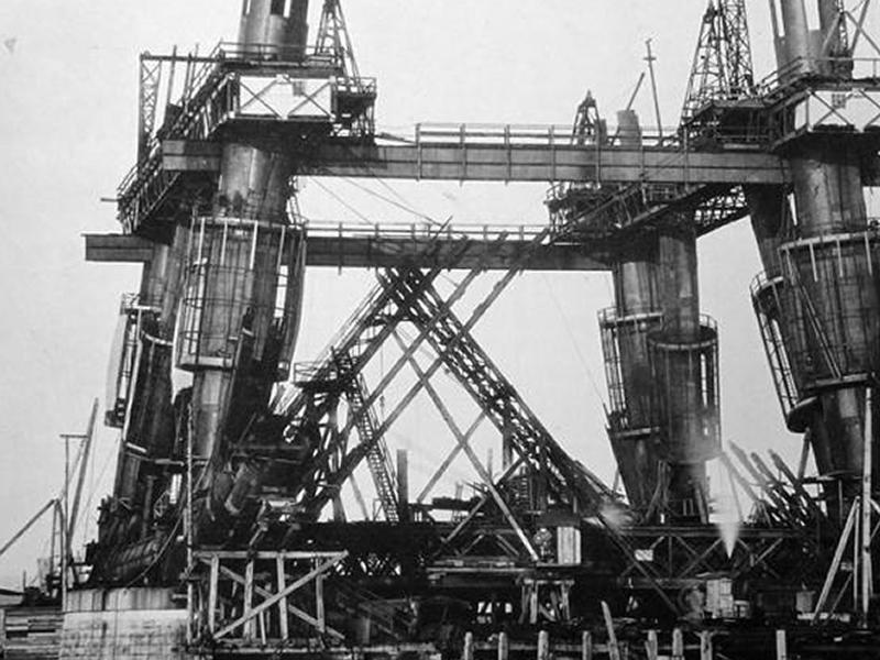The Briggers: The Story of the Men and Boys Who Built the Forth Bridge