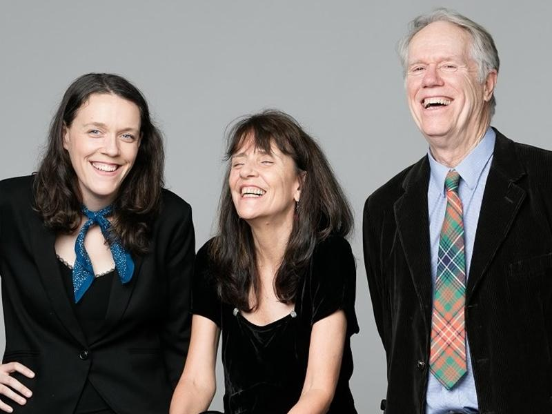 Loudon Wainwright III, Suzzy Roche, Lucy Wainwright Roche: All In A Family
