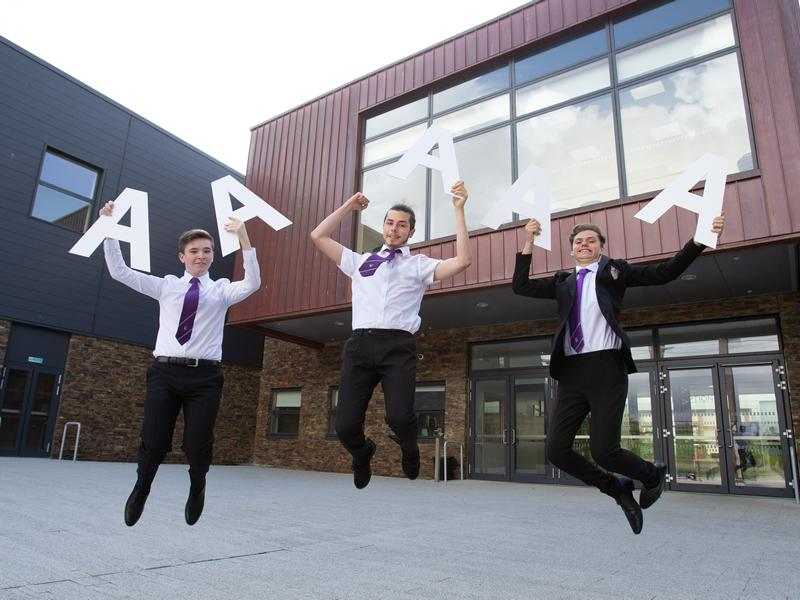 East Renfrewshire pupils deliver outstanding SQA exam results
