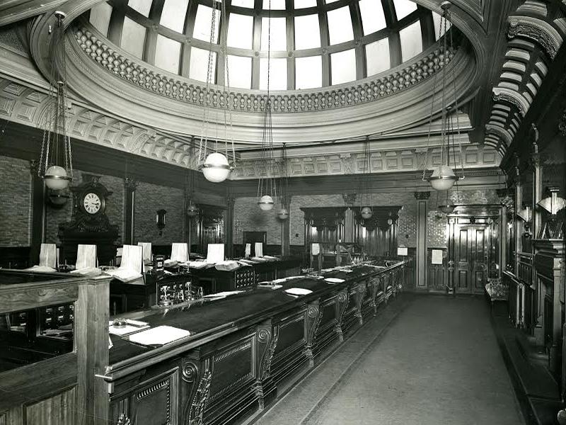 The Savings Bank‎