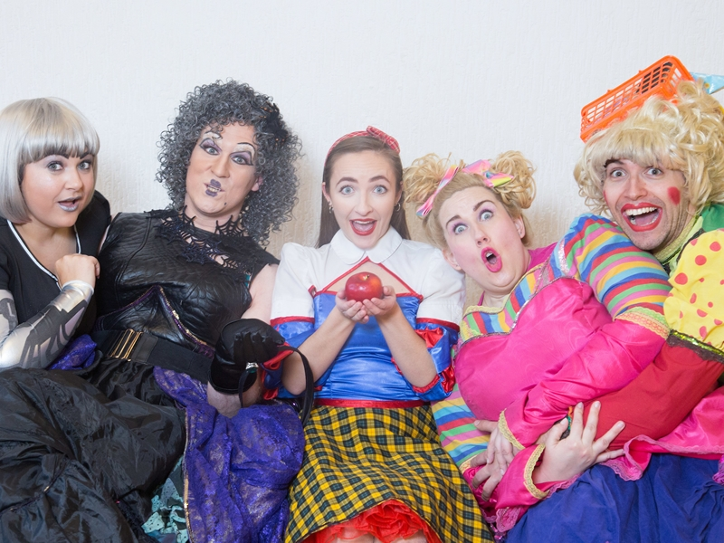 Eastwood Park Theatre invites isolated adults to join in panto fun for free