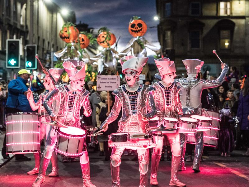 Over 30,000 people attend the annual Paisley Halloween Festival!