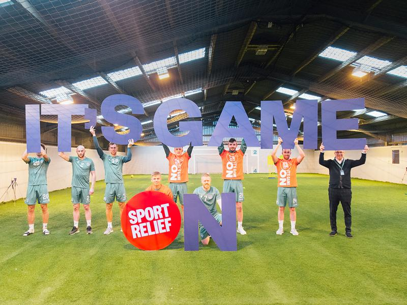 It is Game On Edinburgh: Hibs show their support for Sports Relief 2020