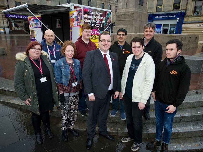 Young people take simple steps towards positive mental health