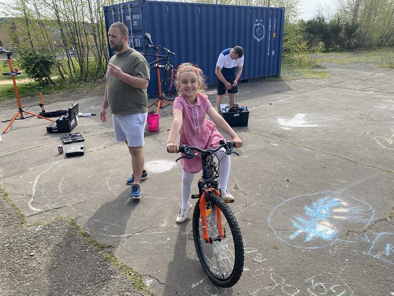 Urban Fox Cycle Hub at Wellhouse Housing Association Hub